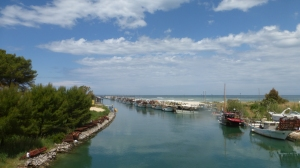 De la lagune vue sur le lago di Verano (passage d'eau)