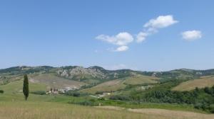 """Avant de redescendre sur la vallée de l'Arno (prés de Lucques), d'autres """"Callenchi"""""""